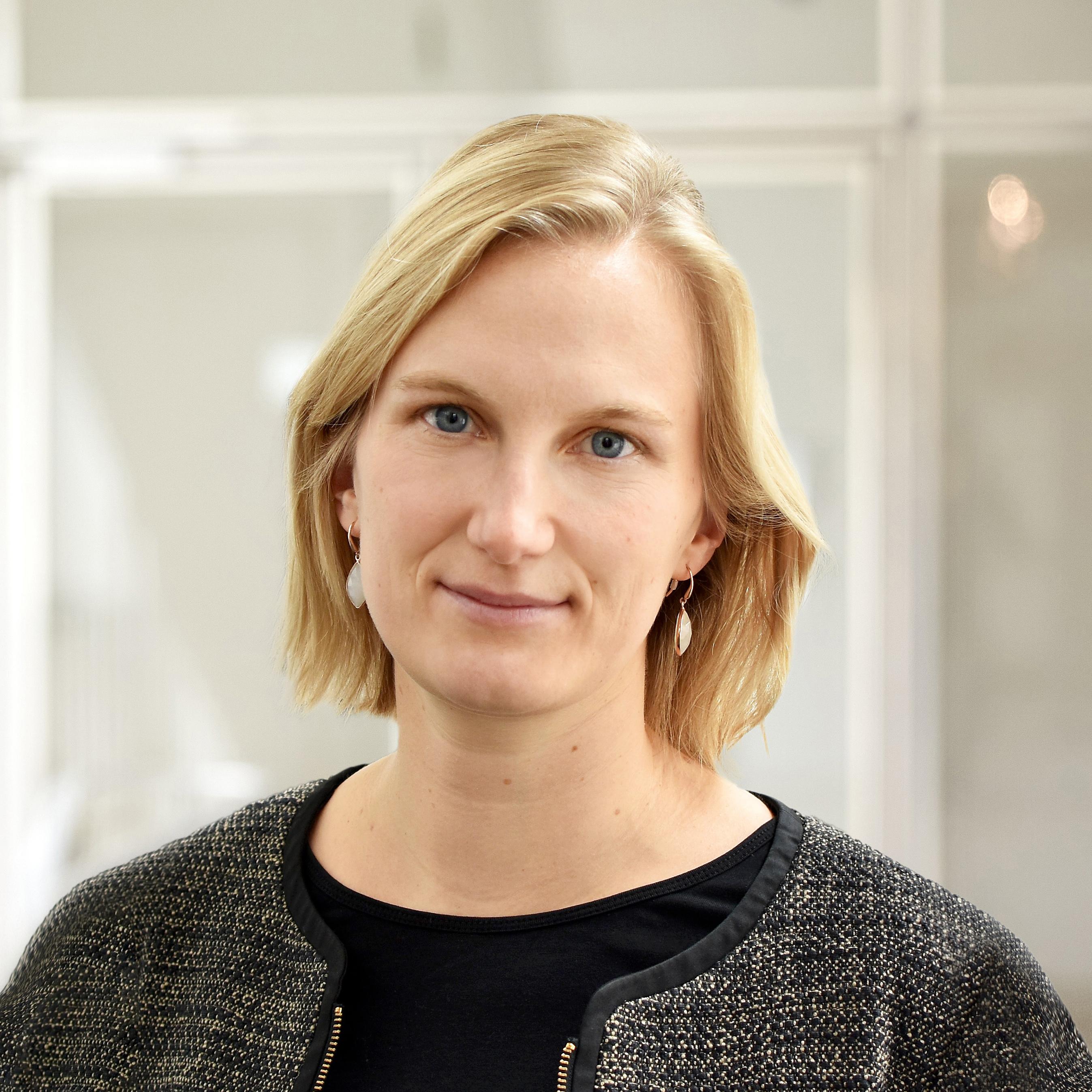 Dr. Carola Braun